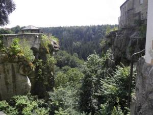 K640_hohnstein castle view